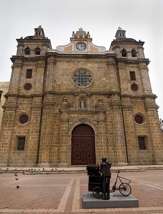 Catedral em Cartagena de Índia imagens de stock royalty free