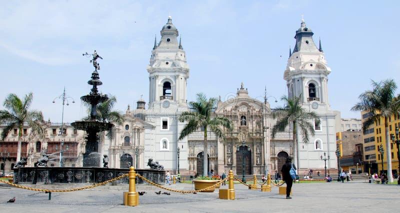 Catedral em Plaza de Armas imagem de stock royalty free