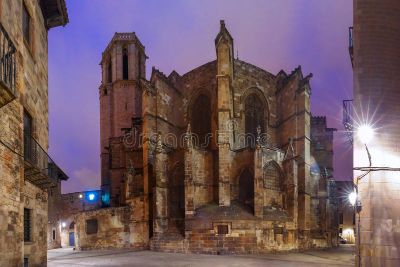 Catedral en la noche, España de Barcelona imágenes de archivo libres de regalías