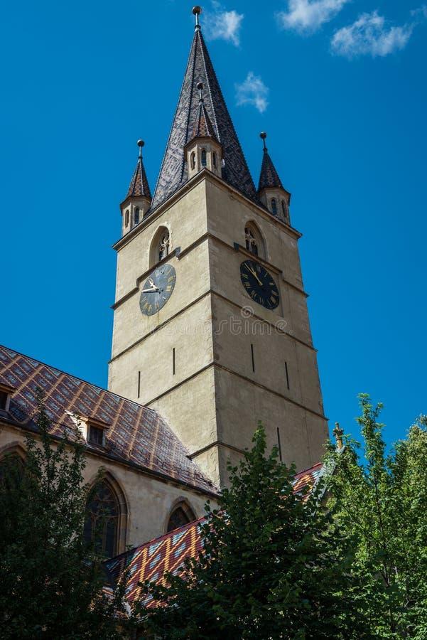 Catedral en Sibiu imagenes de archivo