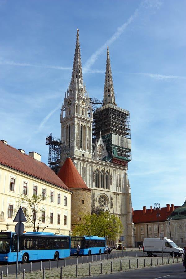 Catedral en Zagreb, Croatia imagen de archivo
