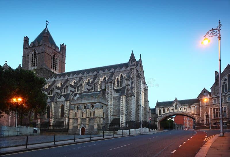 Catedral famosa da igreja de Christ na noite foto de stock royalty free