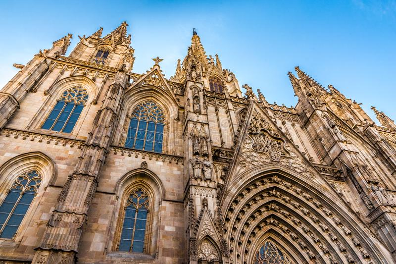Catedral gótica - Barcelona, Cataluña, España imagenes de archivo