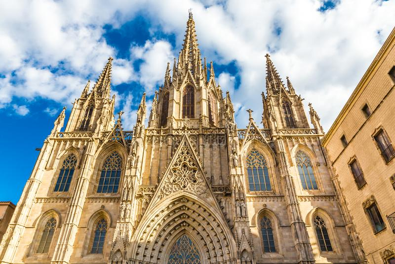 Catedral gótica - Barcelona, Cataluña, España fotografía de archivo