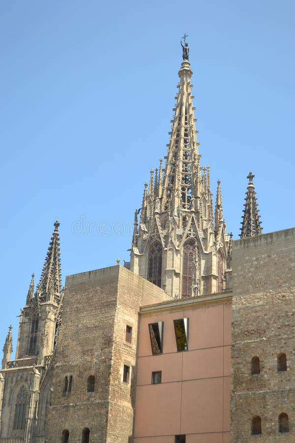 Catedral gótica de Barcelona imágenes de archivo libres de regalías