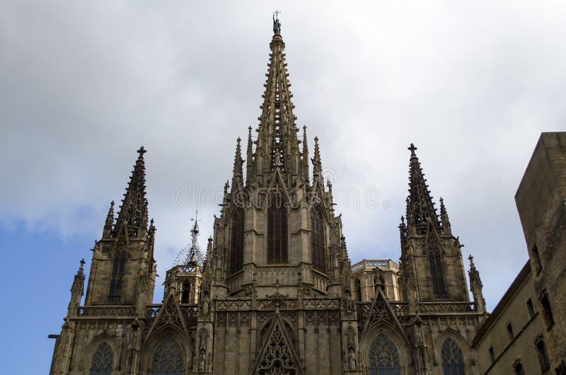 Catedral gótica de Barcelona, jefaturas del arzobispado de Barcelona, en Cataluña, España imagenes de archivo