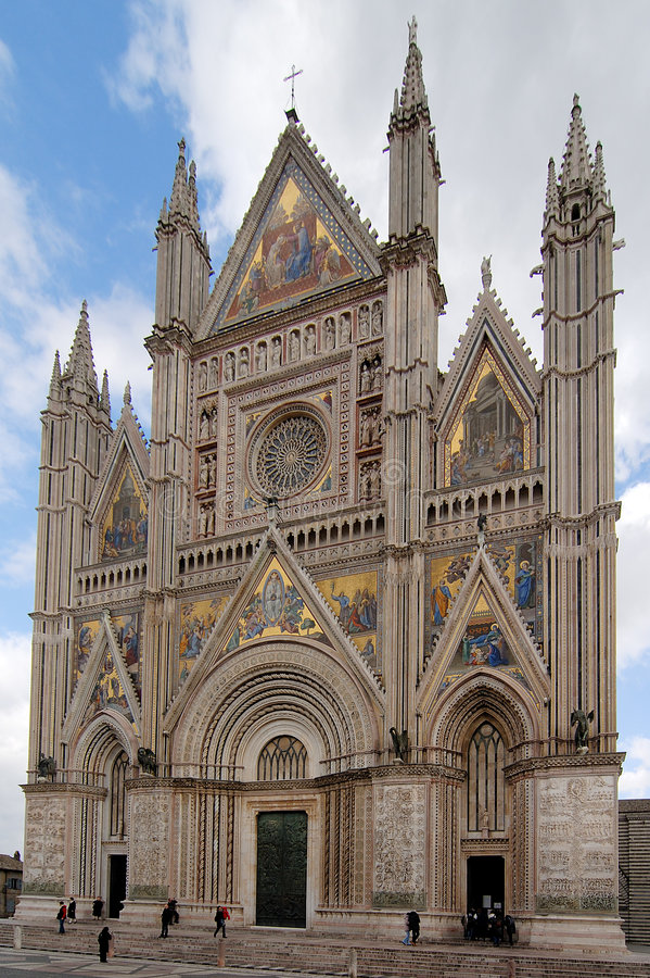 Catedral gótica de Orvieto imagenes de archivo