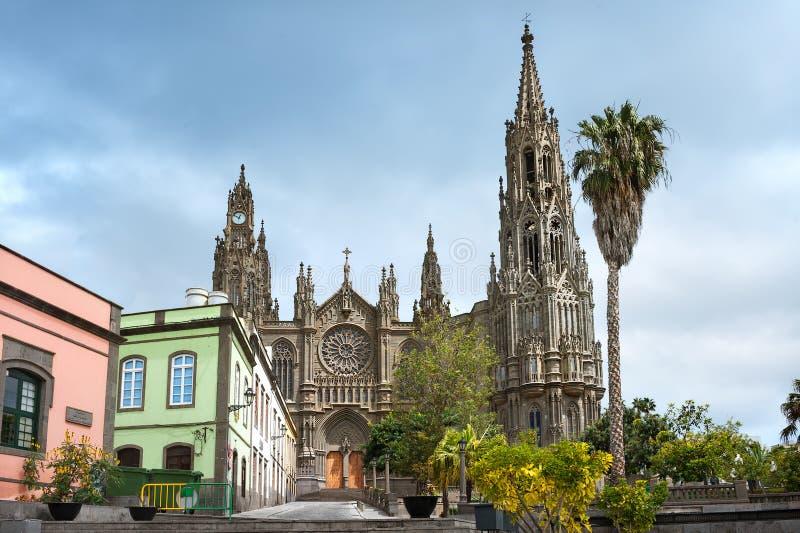 Catedral gótica de San Juan Bautista en Arucas, Gran Canaria, S foto de archivo libre de regalías