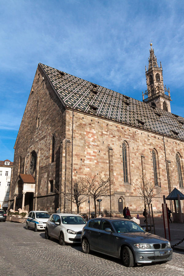 Download Catedral de Bolzano foto de stock. Imagem de touristic - 29831822