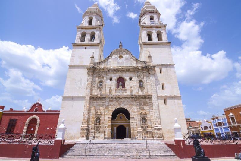 Catedral histórica em Campeche, México fotografia de stock royalty free