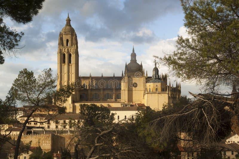 Catedral i den historiska staden av Segovia, Castilla y Leon, Spanien royaltyfri fotografi