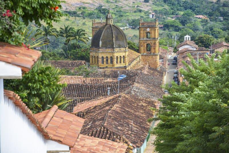 Catedral Inmaculada Concepción na cidade colonial de Barichara, Colômbia imagens de stock