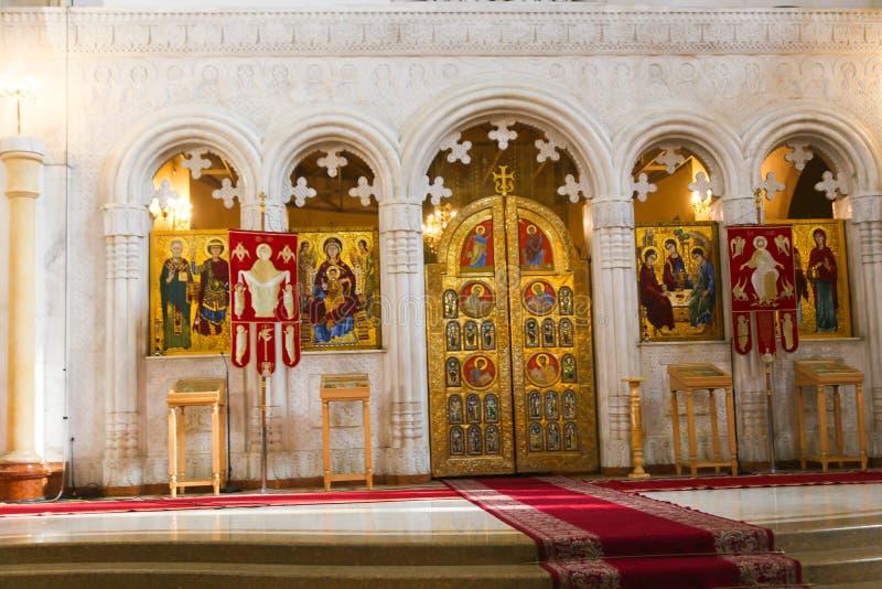 Catedral interna da trindade santamente de Tbilisi, Geórgia imagem de stock royalty free