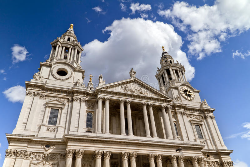 Catedral Londres de San Pablo imagen de archivo libre de regalías