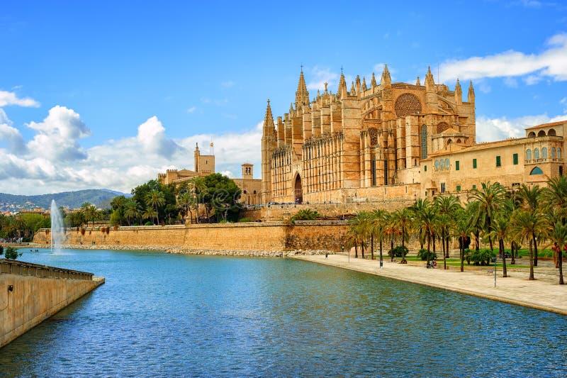 Catedral medieval gótico de Palma de Mallorca, Espanha foto de stock