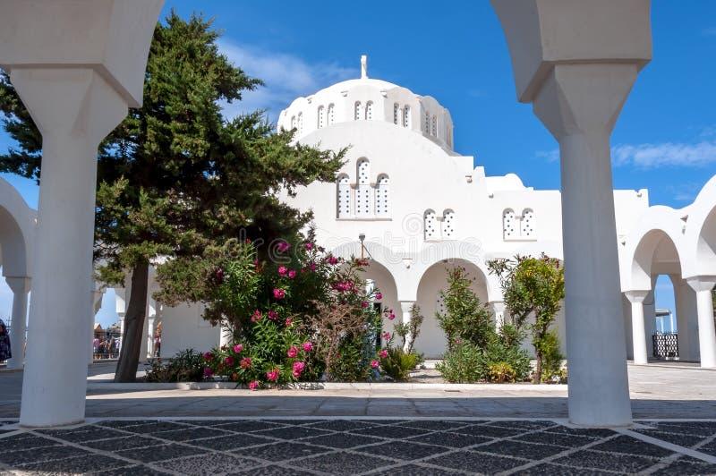 Catedral metropolitana ortodoxa de Thira, isla de Santorini, Grecia fotografía de archivo libre de regalías