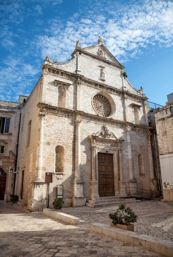 Catedral na cidade antiga de Monopoli foto de stock royalty free