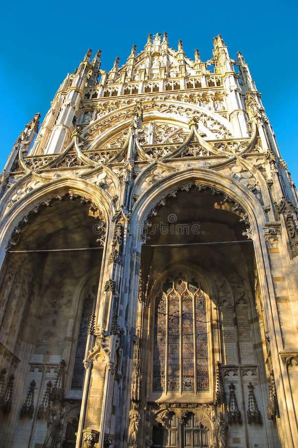 Catedral na cidade holandesa Den Bosch Os Países Baixos foto de stock