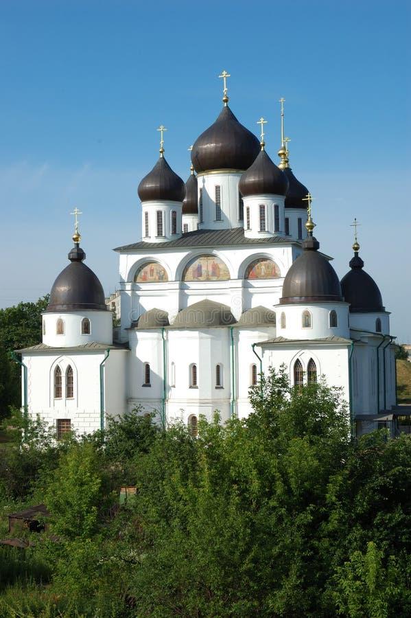 A catedral na citadela da cidade de Dmitrov imagem de stock