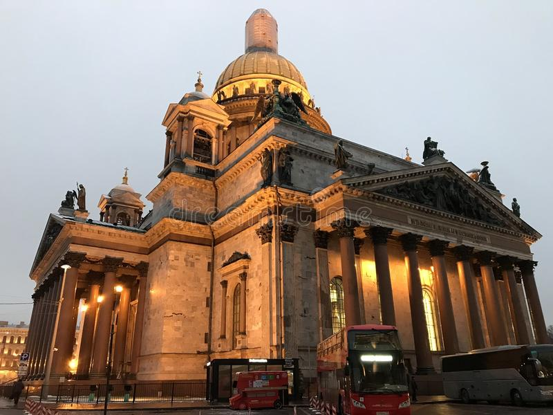 Catedral no crepúsculo foto de stock royalty free