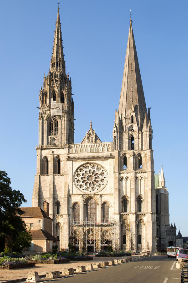 catedral notre dame de chartres foto de archivo imagen de herencia frente 71524264. Black Bedroom Furniture Sets. Home Design Ideas