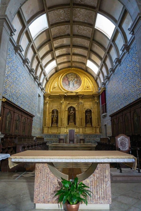 Catedral principal Igreja de Santa Maria de Faro do altar imagens de stock royalty free