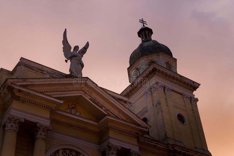 Catedral in Santago DE Cuba in zonsonderganglicht royalty-vrije stock fotografie