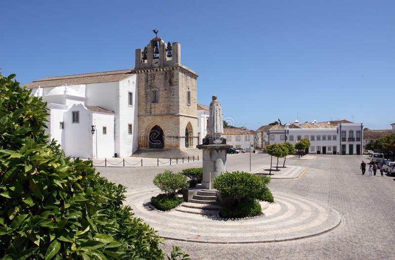 Catedral velha do SE da cidade de Portugal, Faro foto de stock