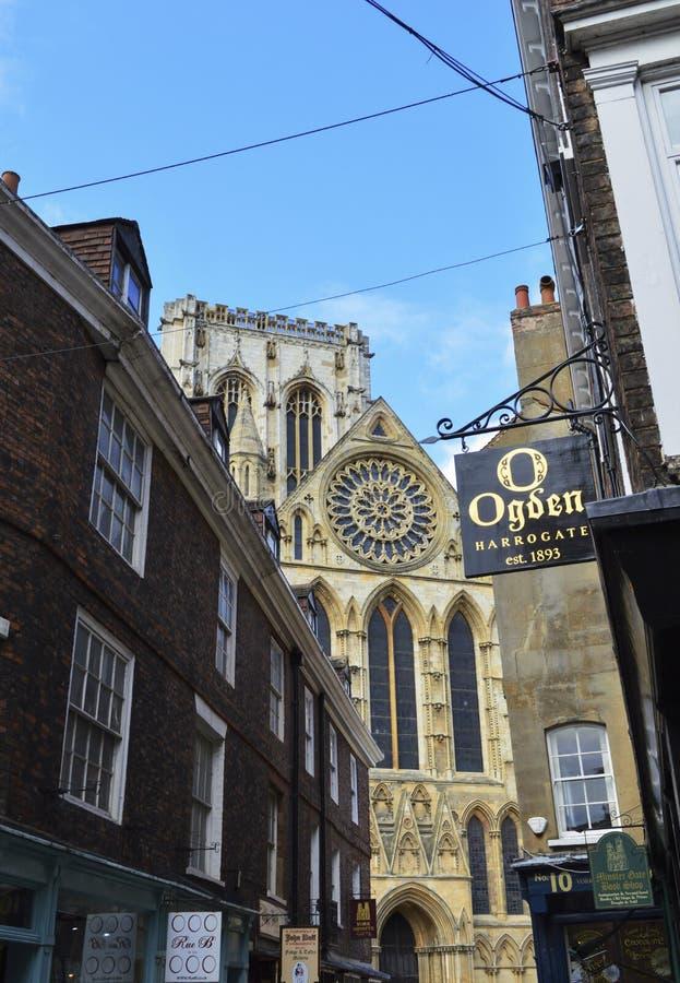 Catedral y edificios en York, Inglaterra fotografía de archivo libre de regalías