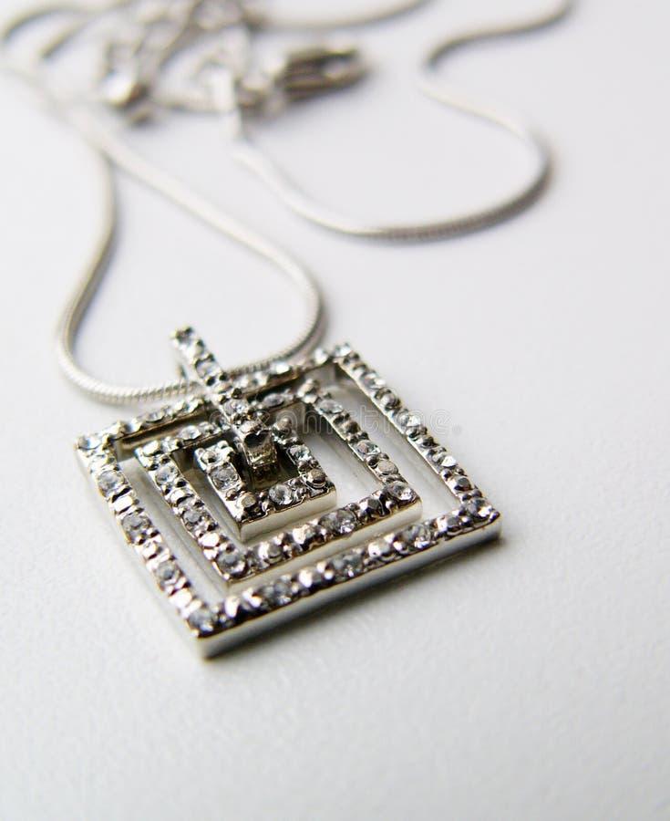 Catena d'argento con il pendente fotografia stock libera da diritti