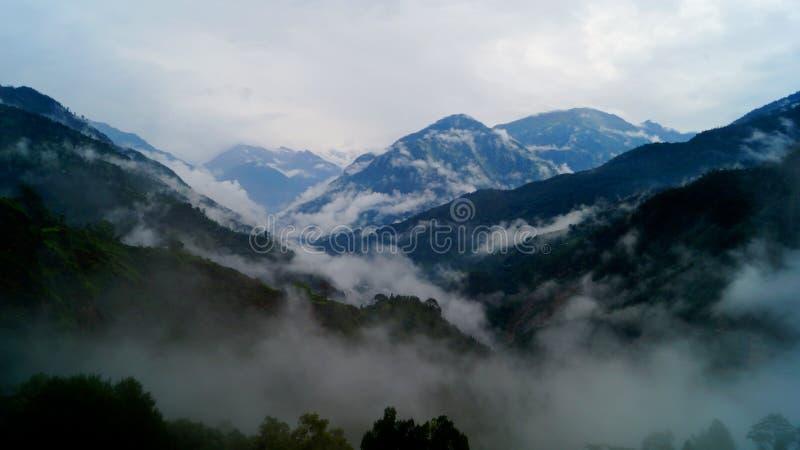 Catena montuosa di Guptkashi, Uttarakhand fotografie stock libere da diritti