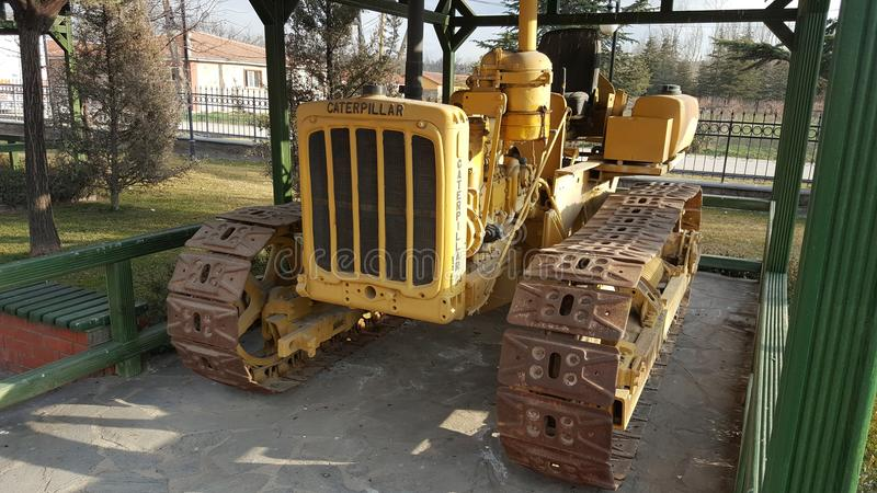 Caterpillar traktor royaltyfri bild