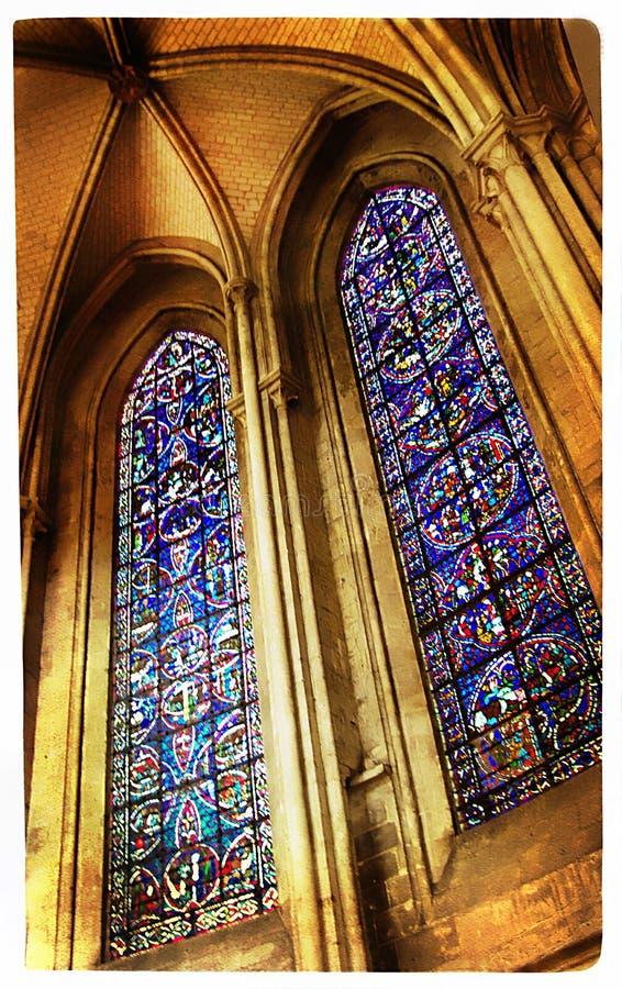 cathédrale à l'intérieur photo libre de droits