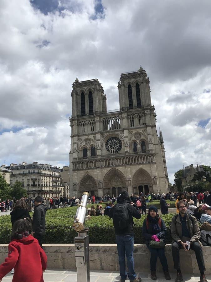 Cathédrale Нотр-Дам de Париж стоковое изображение rf