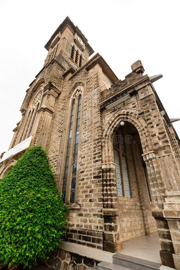 Cathédrale antique de vieille église en pierre, endroit religieux, Nha Trang, Vietnam images stock