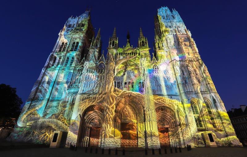 Cathédrale célèbre de Notre-Dame De Rouen au crépuscule, Rouen, France image libre de droits