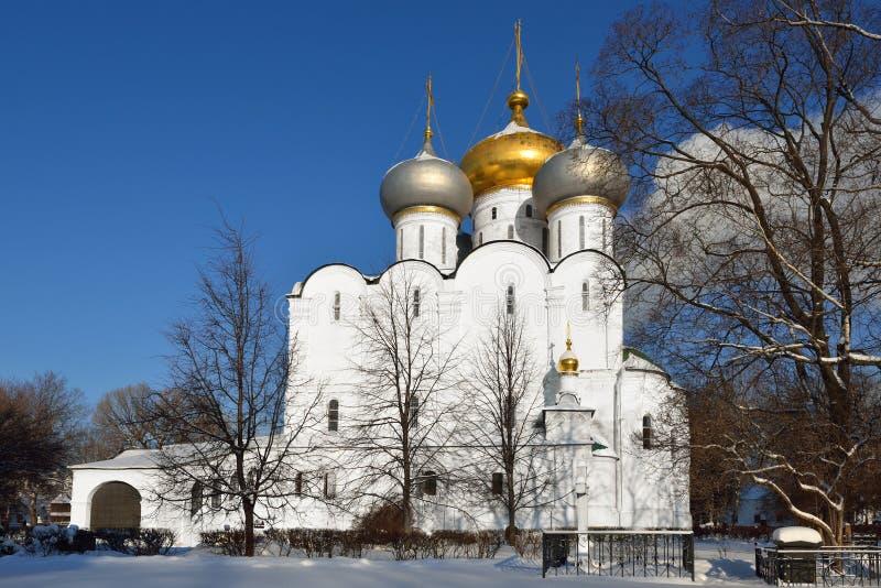 Cathédrale d'icône de Smolensk de notre Madame de couvent de Novodevichy photographie stock libre de droits