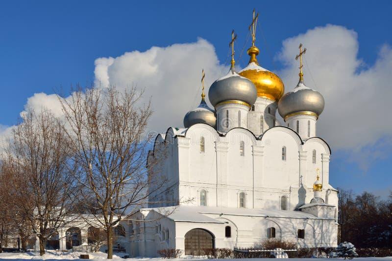 Cathédrale d'icône de Smolensk de notre Madame de couvent de Novodevichy images stock