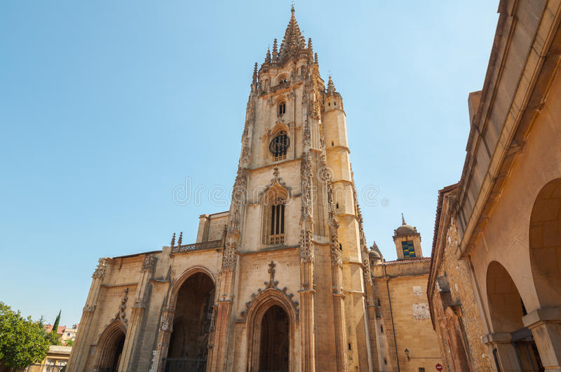 Cathédrale d'Oviedo image stock