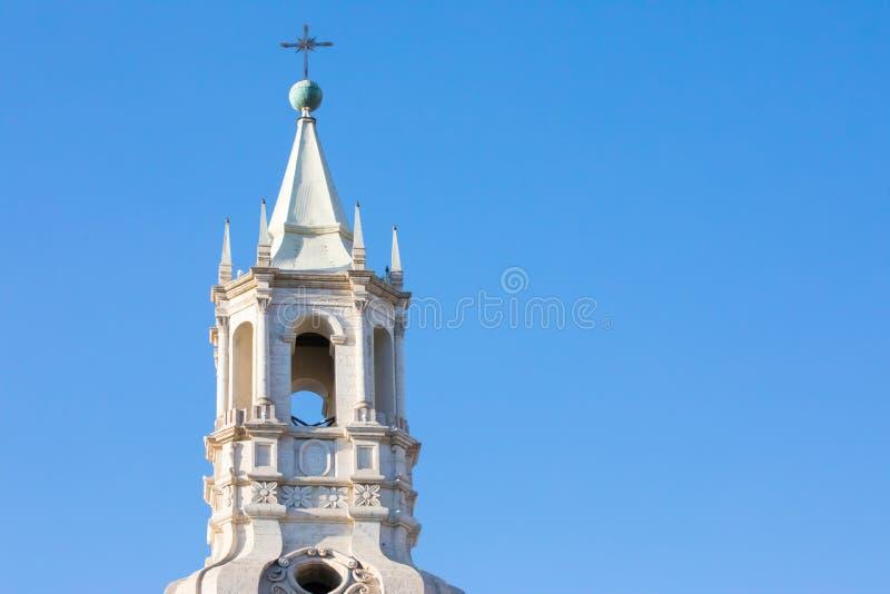 Cathédrale de basilique de tour de Bell d'Arequipa image libre de droits