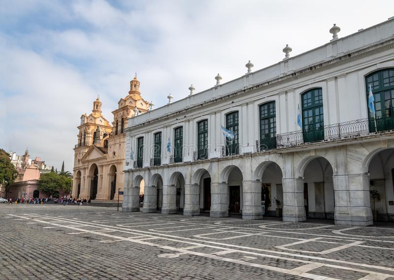 Cathédrale de Cordoue et Cabildo - Cordoue, Argentine photographie stock