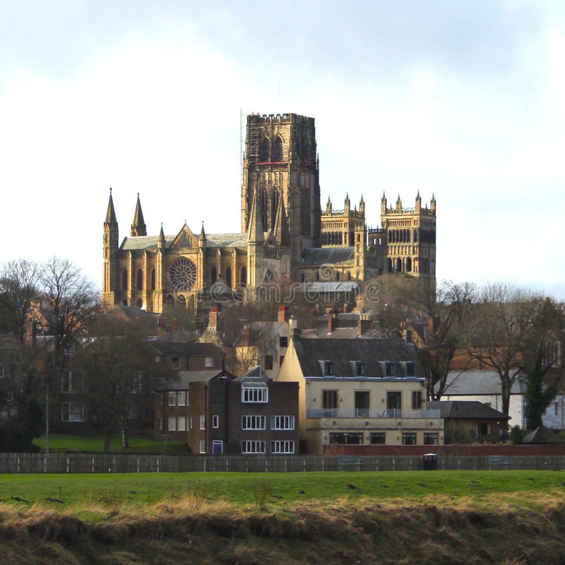 Cathédrale de Durham de loin image libre de droits