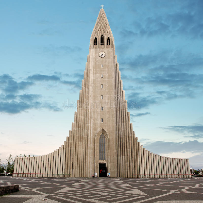 Cathédrale de Hallgrimskirkja à reykjavik Islande images stock