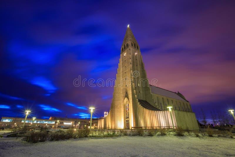 Cathédrale de Hallgrimskirkja à Reykjavik, Islande photos libres de droits