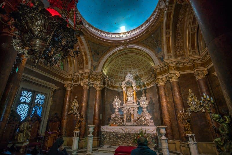 Cathédrale de Metropolitana sur Plaza de Armas à Santiago, Chili photographie stock
