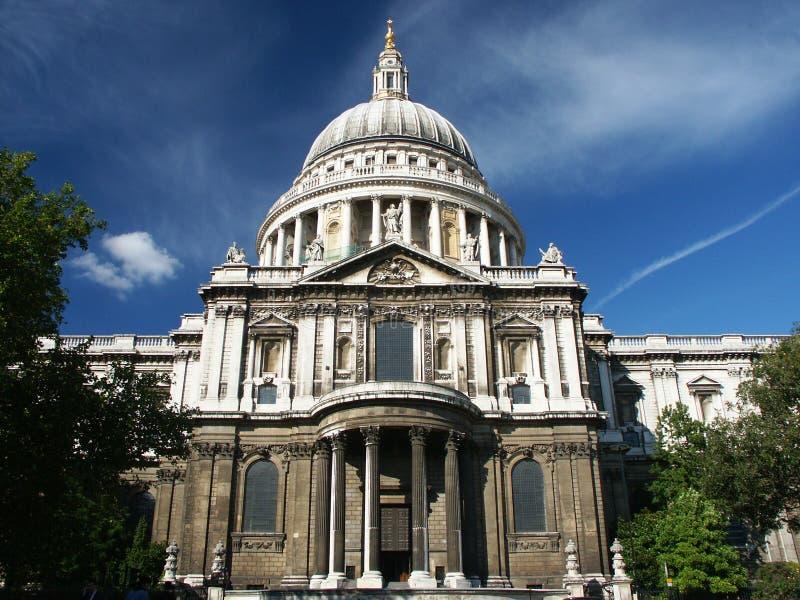 Cathédrale de rue Paul à Londres image libre de droits