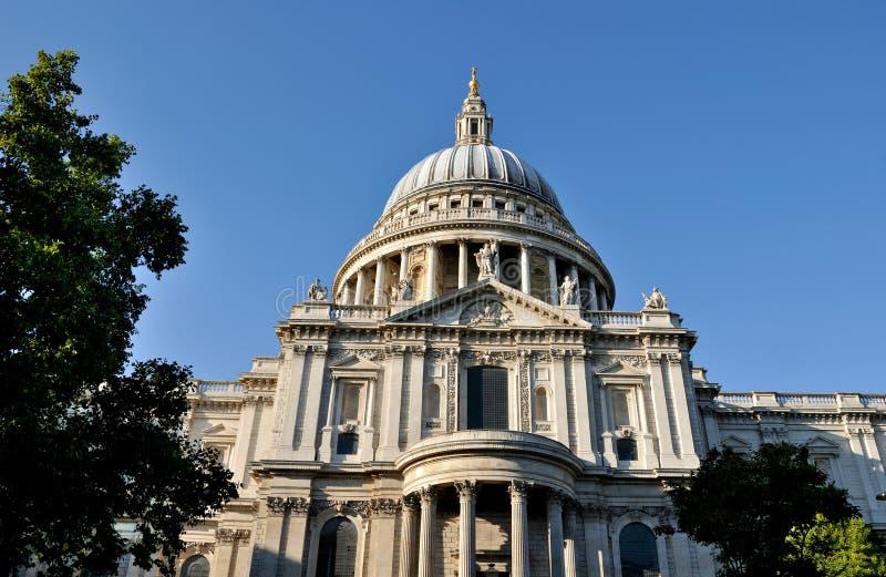 Cathédrale de rue Pauls, Londres image stock