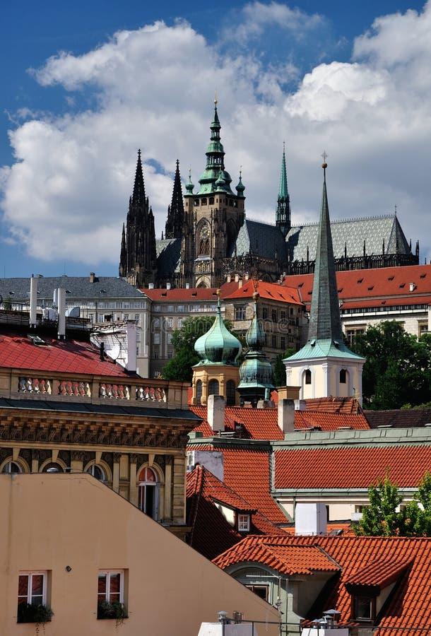 Cathédrale de rue Vitus dans le château de Prague, République Tchèque photographie stock libre de droits