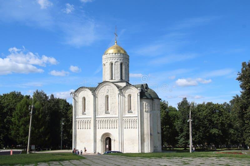 Cathédrale de saint Demetrius dans la ville de Vladimir, Russie photos stock
