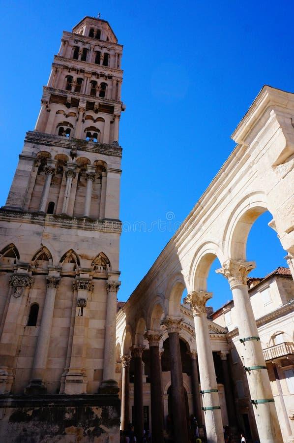 Download Cathédrale De Saint Domnius Image stock - Image du mausolée, yugoslavia: 76079373